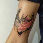 simbolo batman tatuaje